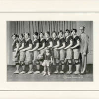 girls basketball 1927.jpg